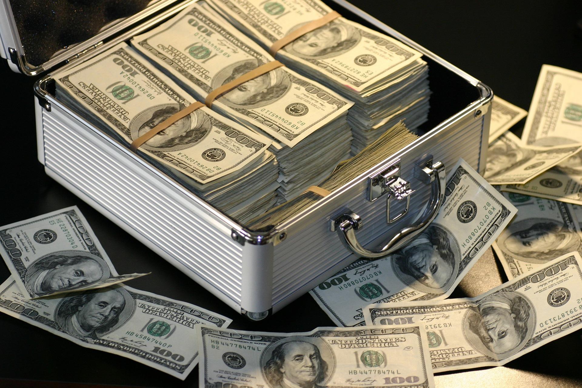 2億円の宝くじが当たったらどうする?